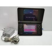 Consola Nintendo DSI XL con cargador