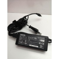 Cargador Portatil Toshiba ADP-60RH A 19v