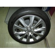 Llantas Lexus IS300H 17 225/45/R17 114.3mm Bridgestone Turanza